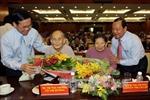 Lãnh đạo TPHCM gặp gia đình chính sách tiêu biểu