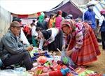 Độc đáo chợ phiên Hùng Lợi