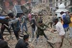 Thủ tướng điện thăm hỏi về thảm hoạ động đất tại Nepal