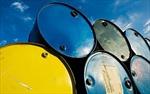 Giá dầu khoảng 76 USD/thùng vào năm 2025