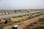 Chiến đấu cơ Ấn Độ hạ cánh 'ngon lành' trên đường cao tốc