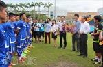 Đại sứ Việt Nam tại Singapore động viên U23