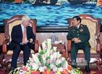 Phó TTK LHQ hội kiến Bộ trưởng Quốc phòng Phùng Quang Thanh