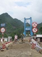 Cầu mới đưa vào sử dụng đã hỏng