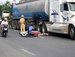 Xe tải lấn đường, 2 người chết tại chỗ