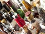 Ấn Độ: 74 người tử vong do uống rượu lậu