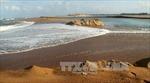 Tìm thấy thi thể 2 chị em bị sóng biển cuốn mất tích