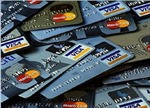 Phá hai ổ nhóm dùng thẻ ngân hàng giả lừa đảo