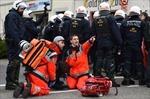 Biểu tình phản đối đại hội đảng cực hữu Đức biến thành bạo động