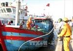 Bệnh viện Bạch Long Vĩ cấp cứu ngư dân bị dập bàn tay