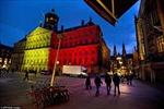 Màu cờ Bỉ phủ khắp thế giới sau loạt khủng bố Brussels
