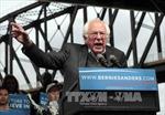 """Ông Sanders sẵn sàng làm """"phó tướng"""" cho bà Clinton"""