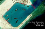 Chiến hạm Mỹ áp sát đá Chữ Thập ở Biển Đông