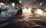 TP.HCM: Mưa lớn kéo dài gây nhiều thiệt hại
