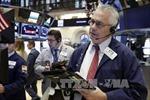 Chỉ số Dow Jones lần đầu vượt ngưỡng 19.000 điểm
