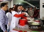 Kiểm tra vệ sinh an toàn thực phẩm tại khu lễ hội Chùa Hương