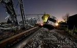 Hy Lạp: Tàu cao tốc lao vào nhà dân, 5 người thương vong