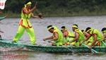 Tái hiện lễ hội bơi chải truyền thống