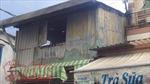 Nhà dân bốc cháy vì sét đánh trúng cột điện