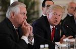 Sự 'lệch pha' bất ngờ giữa Tổng thống và Ngoại trưởng Mỹ trong vấn đề Triều Tiên