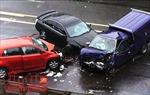 Hai vụ tai nạn giao thông liên tiếp làm Quốc lộ 18 ùn tắc nghiêm trọng