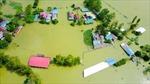 Động viên, giúp đỡ người dân vùng lũ lụt khắc phục hậu quả thiên tai