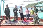 Quảng Ninh: Bắt giữ 3 tàu cá khai thác thủy sản trái phép