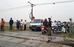 Va chạm với tàu hỏa, 3 người trên xe máy tử vong