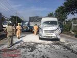 Xe khách bốc cháy sau tai nạn liên hoàn giữa 6 ô tô