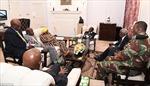 Lộ ảnh sau khi bị quản thúc tại gia, số phận của Tổng thống Zimbabwe đã được định đoạt?