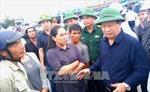 Phó Thủ tướng Trịnh Đình Dũng kiểm tra công tác phòng chống bão số 14