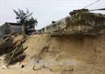 Sạt lở bờ biển, bờ sông tại Huế diễn biến phức tạp sau mưa lũ