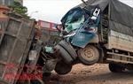Hai ô tô tải đối đầu, 4 người thương vong