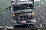 Trục vớt xe tải làm sập cầu Long Kiển để phục vụ điều tra