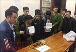Bắt 2 đối tượng người Lào vận chuyển 1kg ma túy đá trái phép
