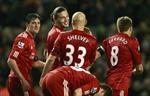 Liverpool đại thắng Oldham, Carroll đã biết ghi bàn