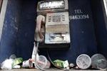 Những bốt điện thoại hoang phế ở Hà Nội
