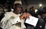 Cựu Thủ tướng Xênêgan Macky Sall đắc cử tổng thống