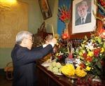 Tổng Bí thư Nguyễn Phú Trọng thắp hương tưởng nhớ cố Tổng Bí thư Lê Duẩn