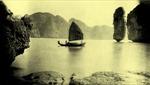 Chiêm ngưỡng vẻ đẹp Vịnh Hạ Long hơn 100 năm trước