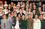 Những nhà ngoại giao mặc áo lính anh hùng