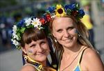 EURO 2012: Ngày hội vẫn tưng bừng với Ucraina