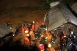 Mưa lũ gây sạt lở nghiêm trọng tại Bangladesh