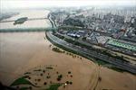 Hàn Quốc hoãn hàng trăm chuyến bay do bão Khanun