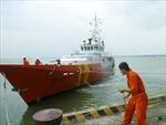 Cứu nạn thành công 2 tàu cá Quảng Bình trôi dạt