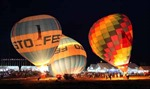 Đêm hội sắc màu khinh khí cầu