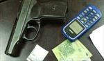 Thuê taxi 'áp tải' ma túy bằng súng K59