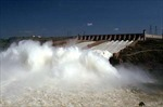 Braxin giảm giá điện để kích thích tăng trưởng kinh tế