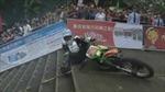 Xem đua xe leo cầu thang tại Trung Quốc