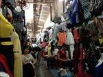 Thành phố Hồ Chí Minh: Xoay xở để giải phóng hàng tồn kho